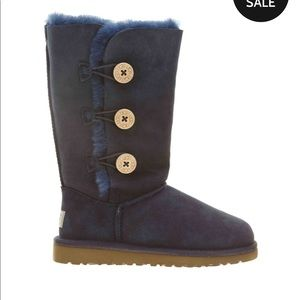UGG boots Navy Bailey Button Triplet